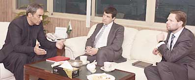 Zubair Gilani meeting with GM LNG MD - RD